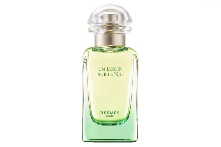 Buse Terim Temiz Kokulu 6 Parfüm önerisi
