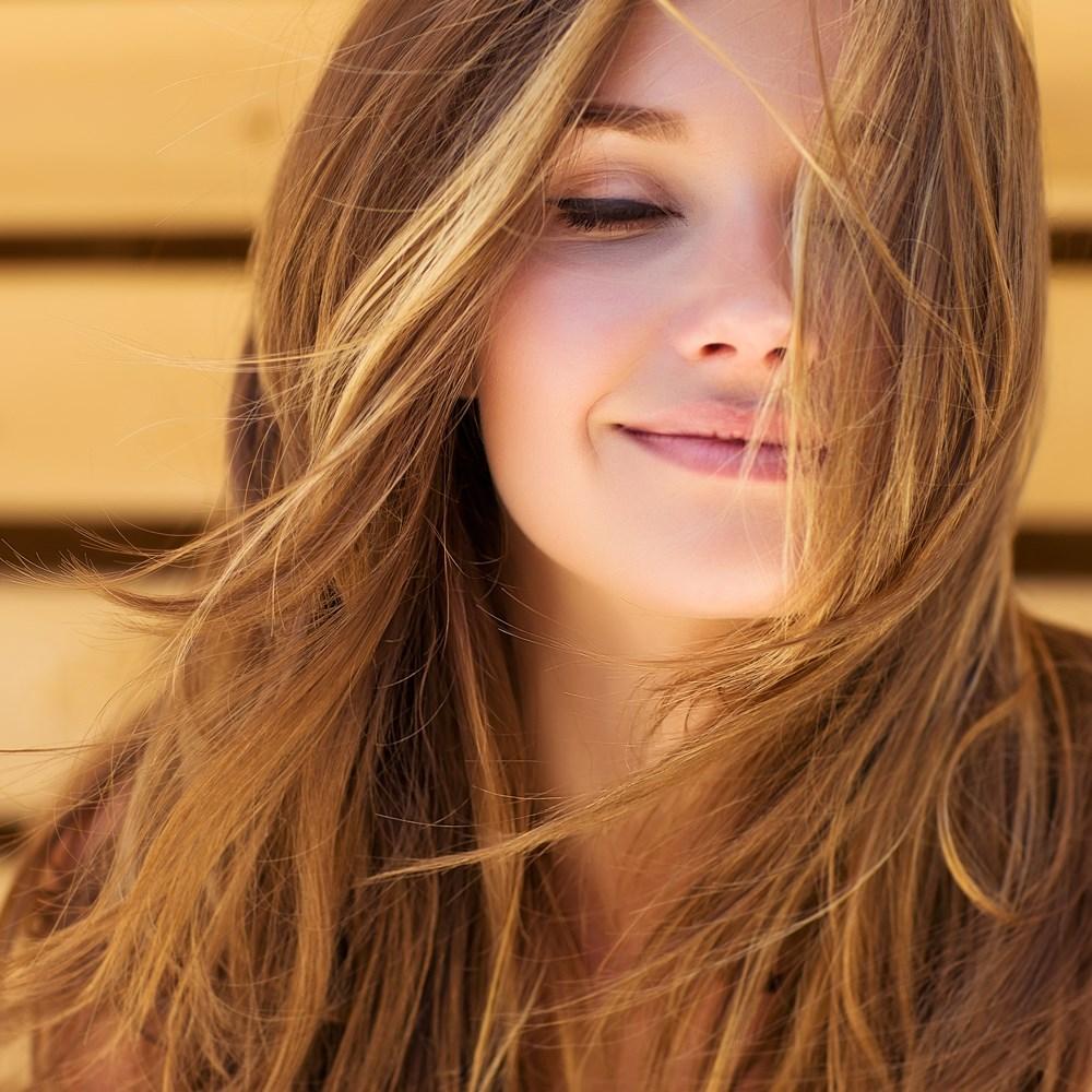 Buse Terim Doğal Yollarla Saç Rengimi Nasıl Açarım