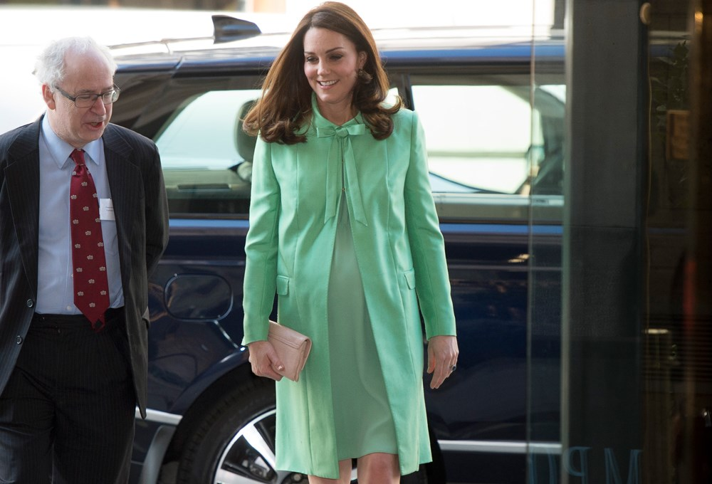 Kate Middleton'dan bahar kombini