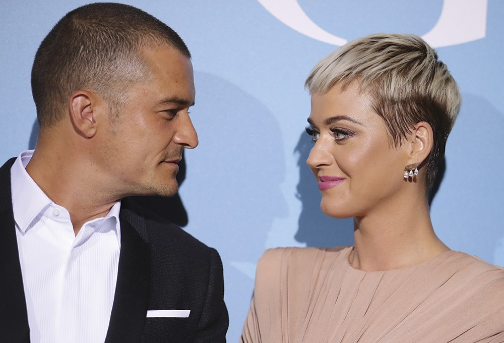 Katy Perry ve Orlando Bloom nişanlandı